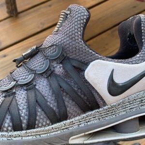 Nike shocks Size 10